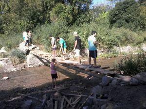 Construcción de Pasarela en vado Papy